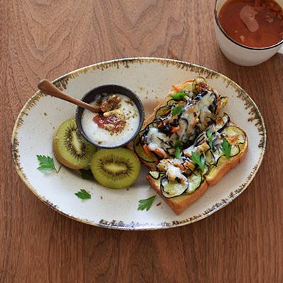 ひじきとパン、茄子が仲介、和風おかずパン