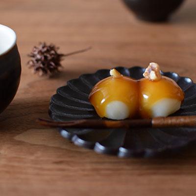 花の形の豆皿