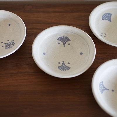 花の種の豆皿